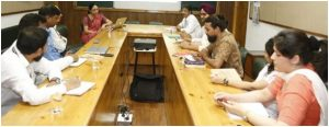 Dr Archana Mantri (Pro-VC CURIN) took FDP session on 'Innovative Pedagogical Practices & Assessment Methods'.